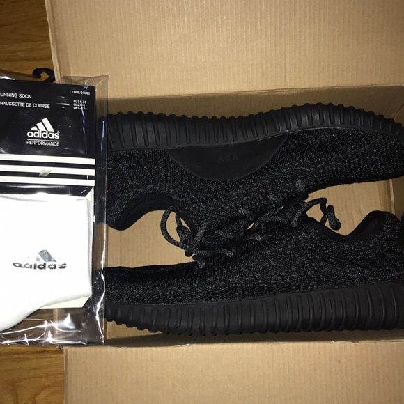 a0081e32d Fake Pirate Black Yeezy Boost 350  NEW